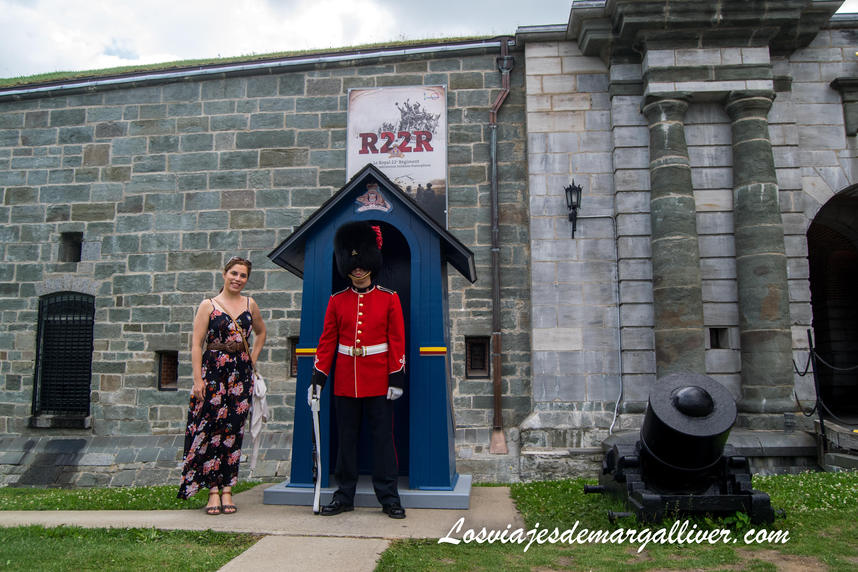 Entrada a la ciudadela de Quebec Quebec en un día, nuestra ruta - Los viajes de Margalliver